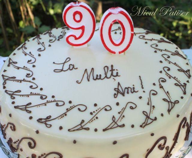 Tort aniversar - 90 de ani!