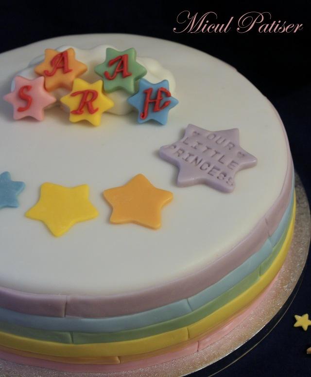 Tort curcubeu si stelute pentru Sarah