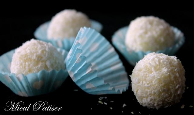 Trufe cu ciocolata alba, cocos si alune de padure