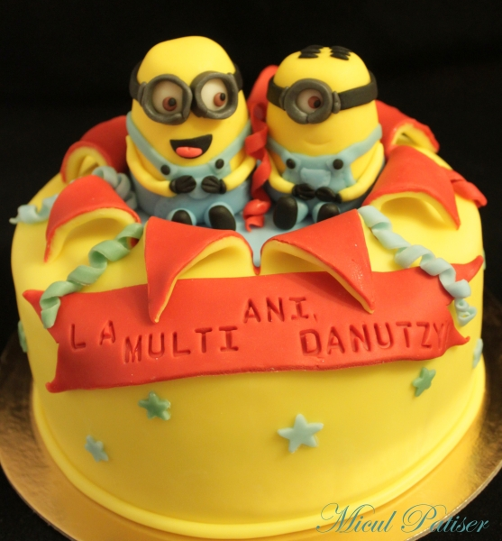Tort cu minioni pentru Danutzy