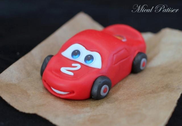Fulger McQueen tort