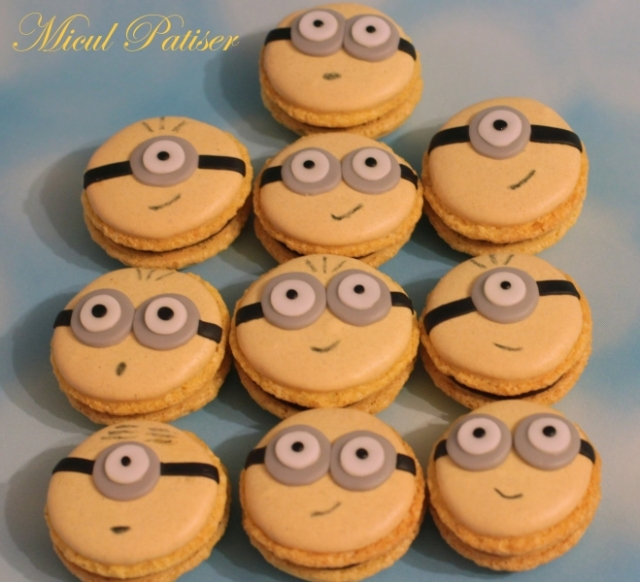 Tort cu minioni si macarons minioni pentru Claudiu