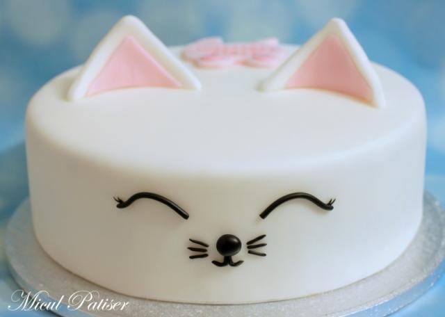 Tort pisicuta pentru Anastasia Maria