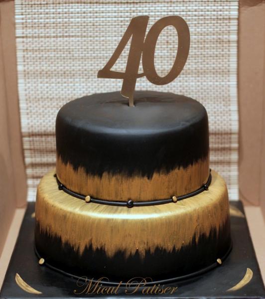 Tort aniversar 40