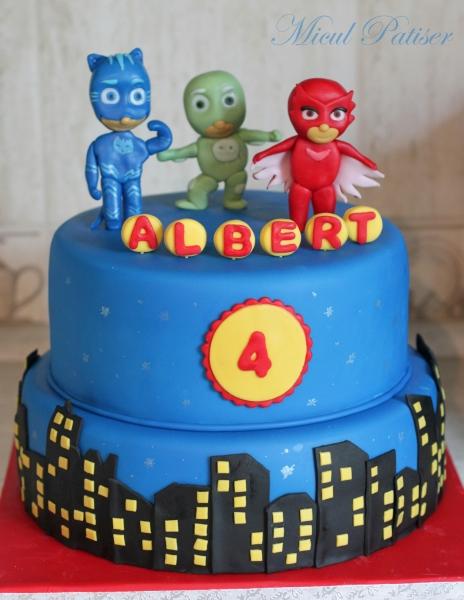 Tort cu Eroii in Pijama pentru Albert