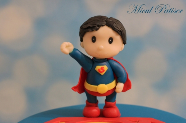 Tort figurina Superman