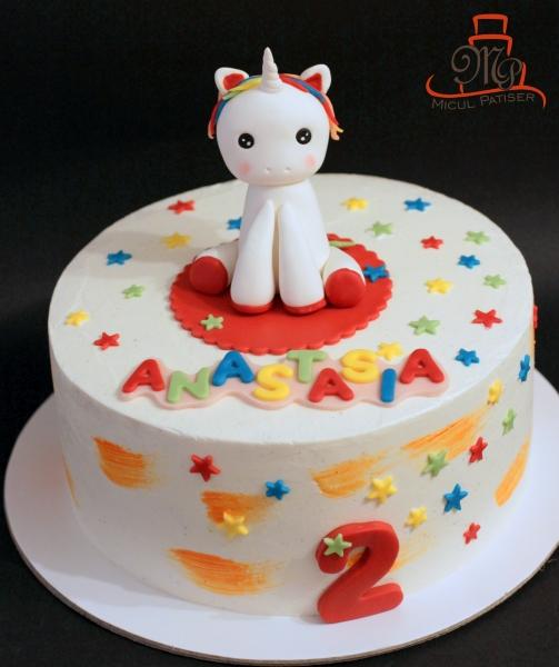 Tort aniversar unicorn fetita