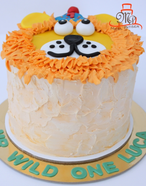 Tort baby friendly smash the cake